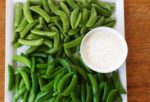 snap peas with yogurt dip